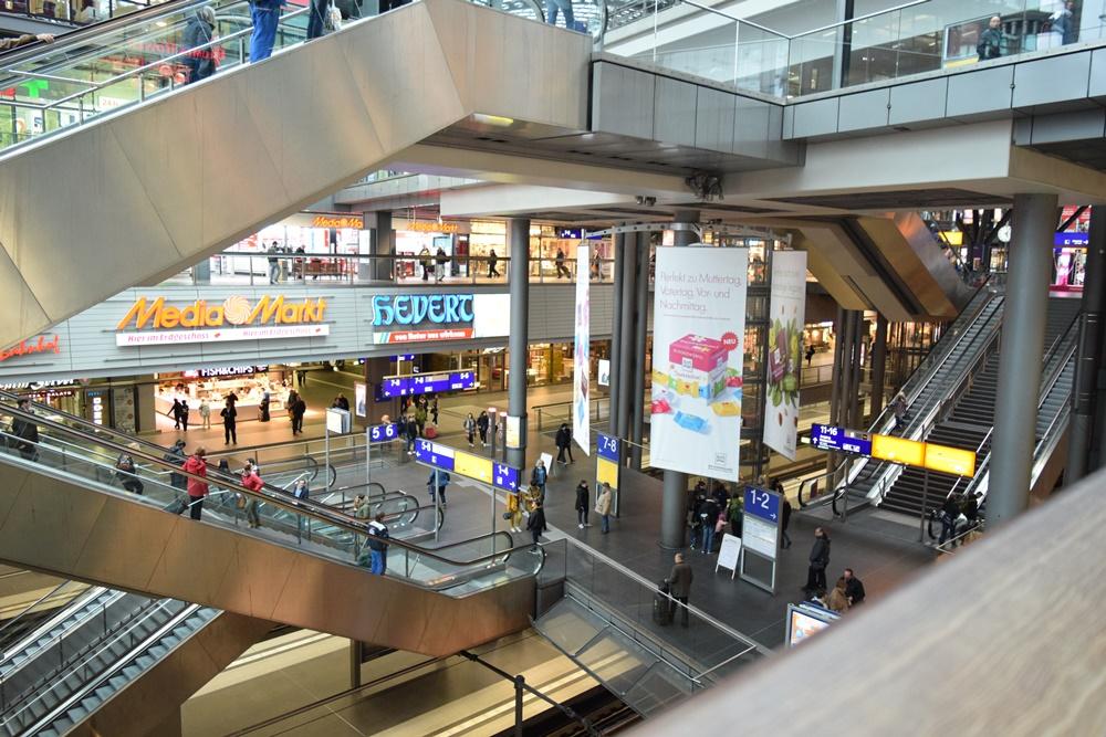 ベルリン中央駅1